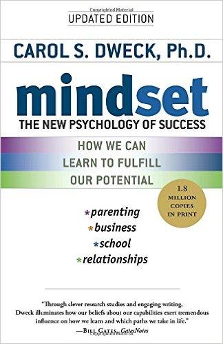 Mindset, mentalidad, la nueva psicología del éxito. Libro adecuado para aprender a opositar y no morir en el intento